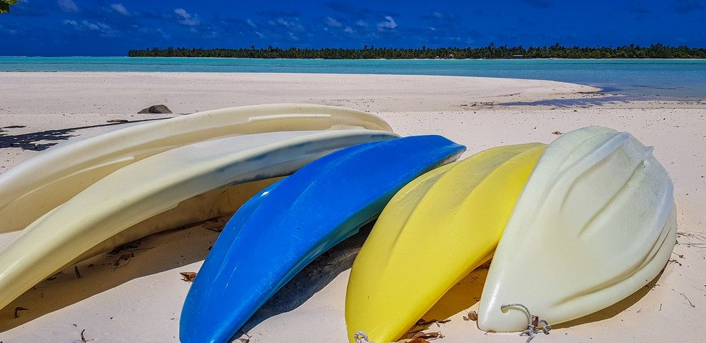 kayak a disposizione in spiaggia
