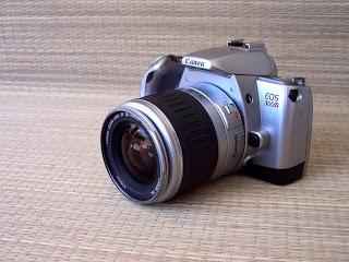 Vecchia reflex a pellicola