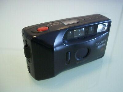 vecchia macchina fotografica a pellicola