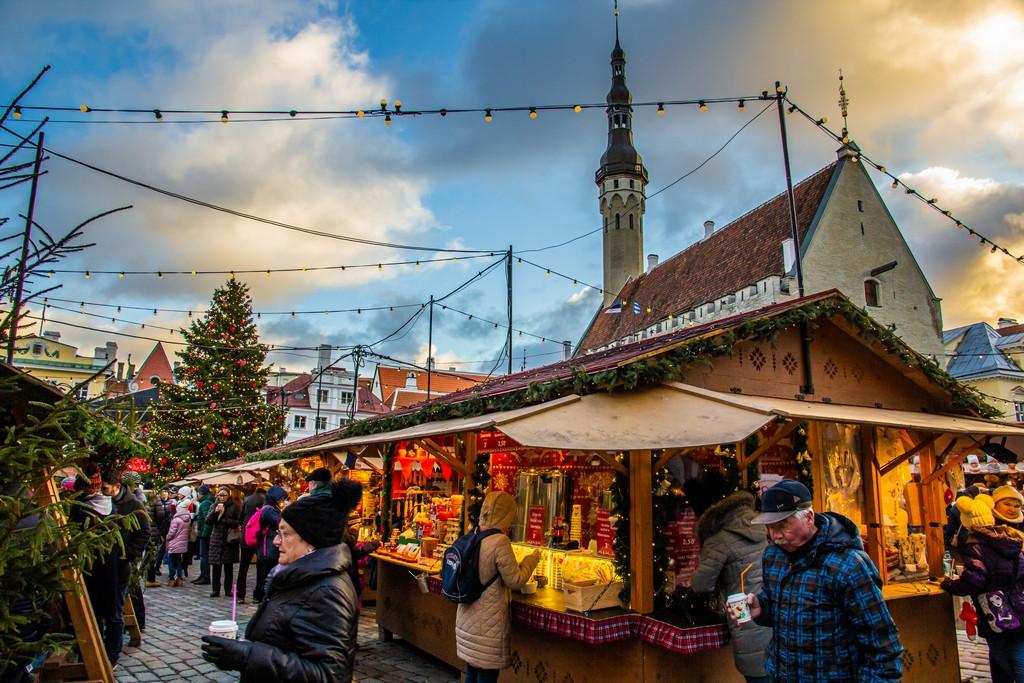 mercatini di natale in piazza del municipio