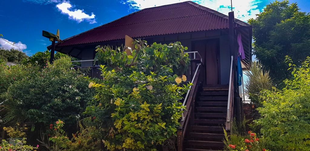 scalinata di accesso a bungalow