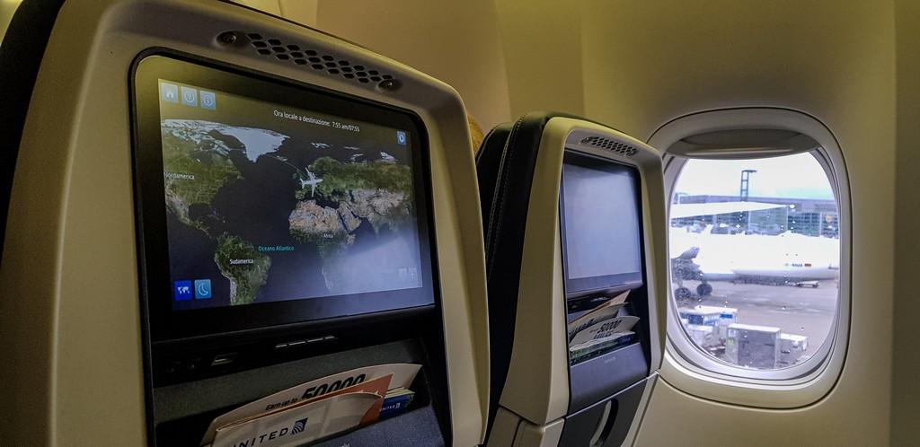 schermi aereo con oblò