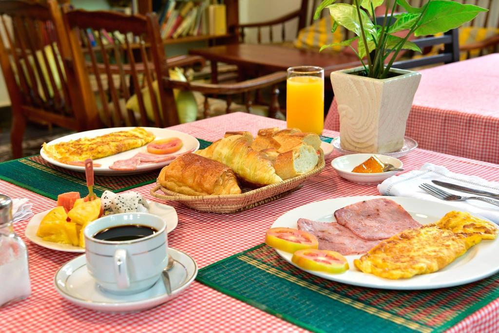 villa nanda siem reap colazione