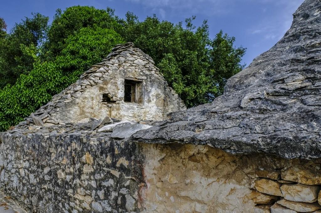 Cosa vedere a Brac: case antiche