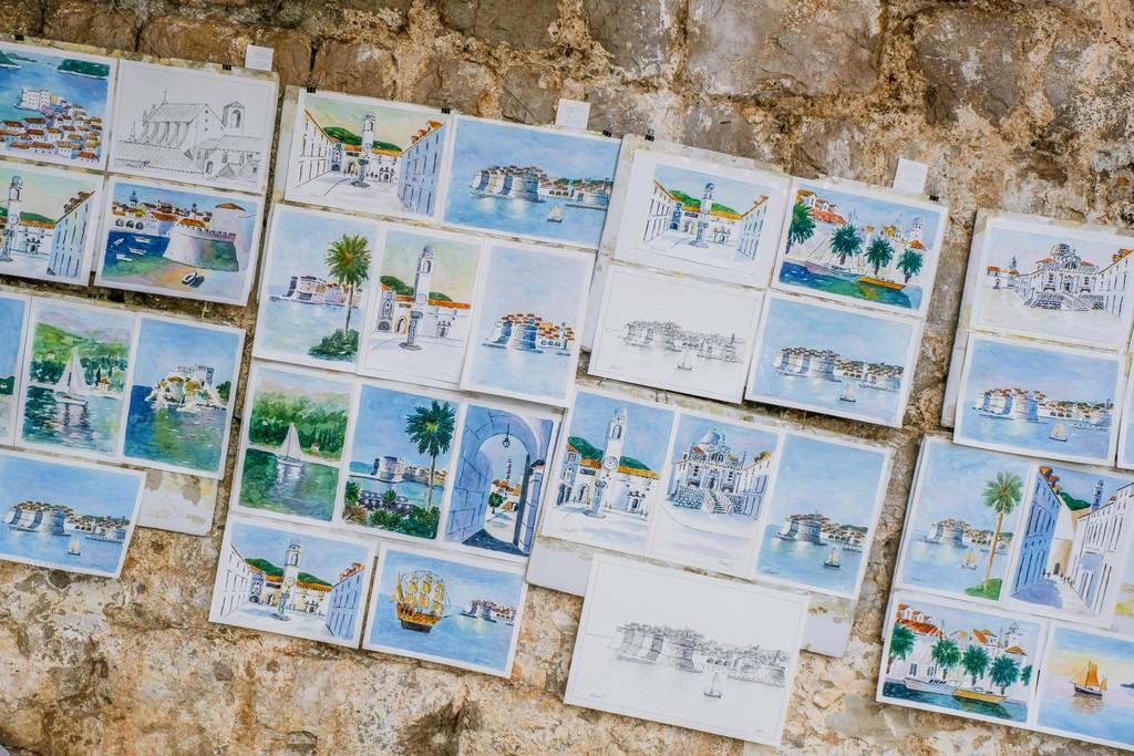 acquerelli esposti in strada