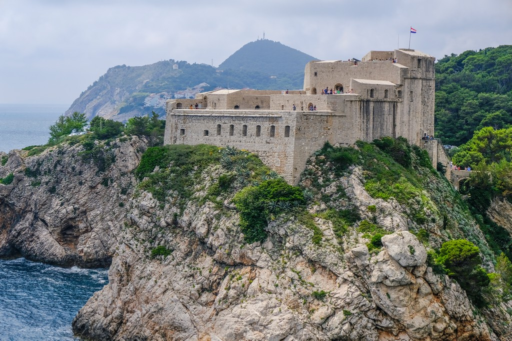 La Fortezza Lovrjenac vista dalle mura cittadine