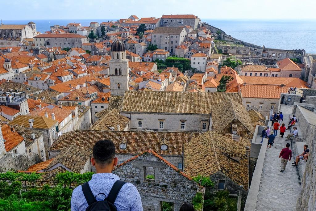 Il Monastero dei Francescani visto dall'alto delle mura cittadine