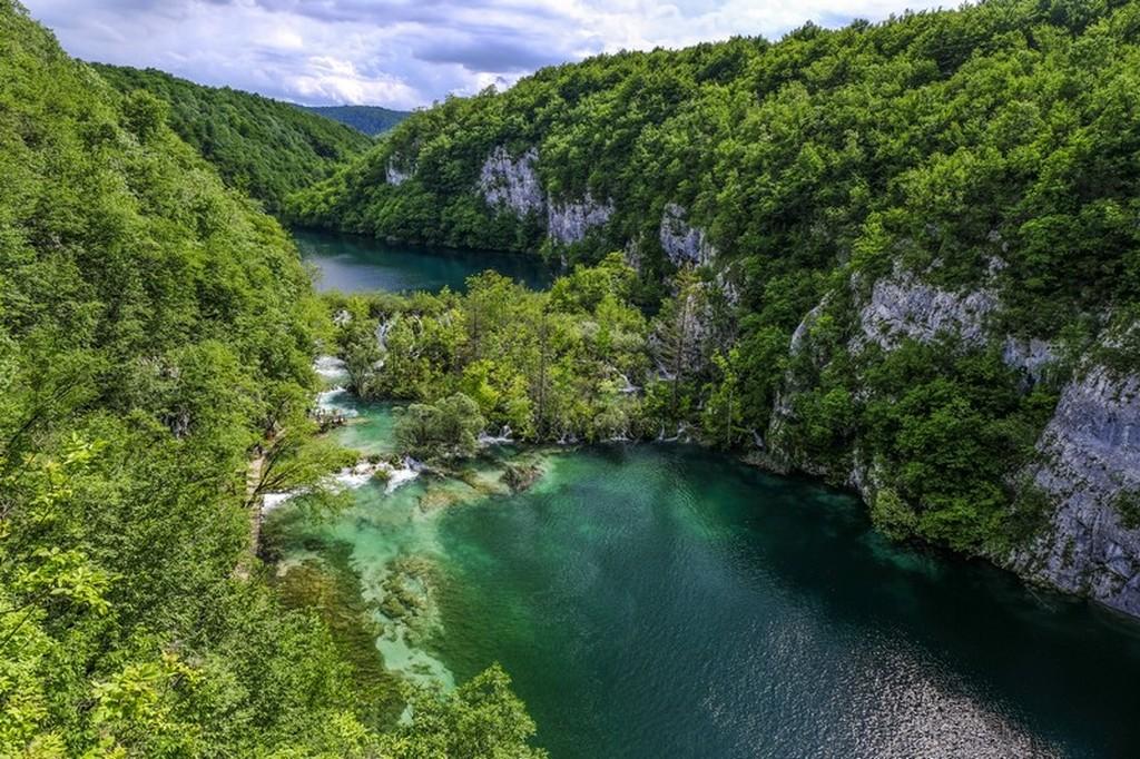 Guida laghi di Plitvice: vallata vista dall'alto