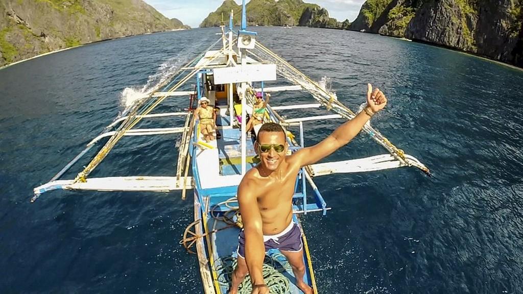tour in bangka privato con persone a bordo