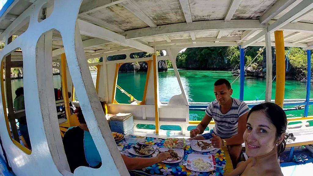 pranzo in mezzo alla laguna sulla barca
