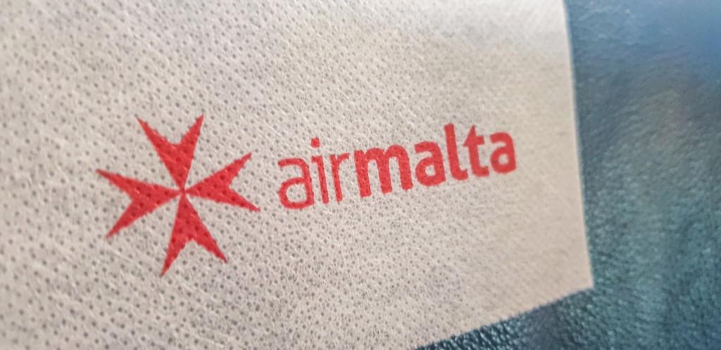 logo compagnia aerea