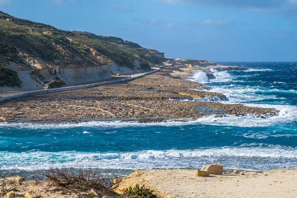 Cosa vedere a Gozo visione d'insieme delle saline