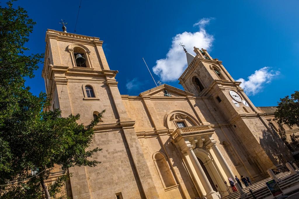 Guida alla Co-Cattedrale di San Giovanni facciata esterna cattedrale