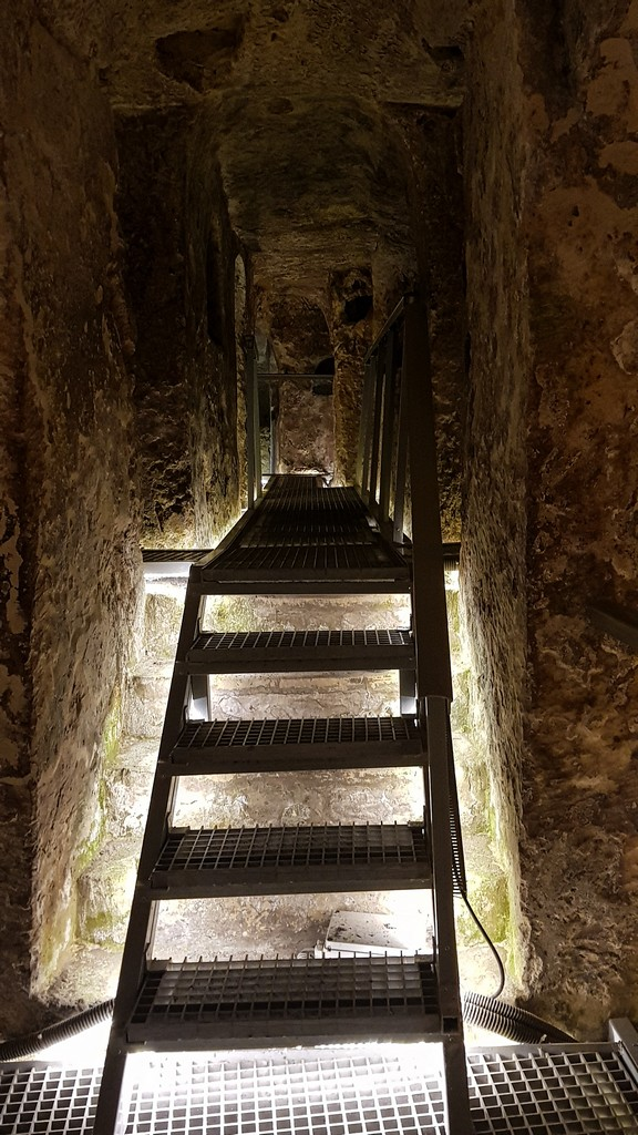 scalinata catacomba