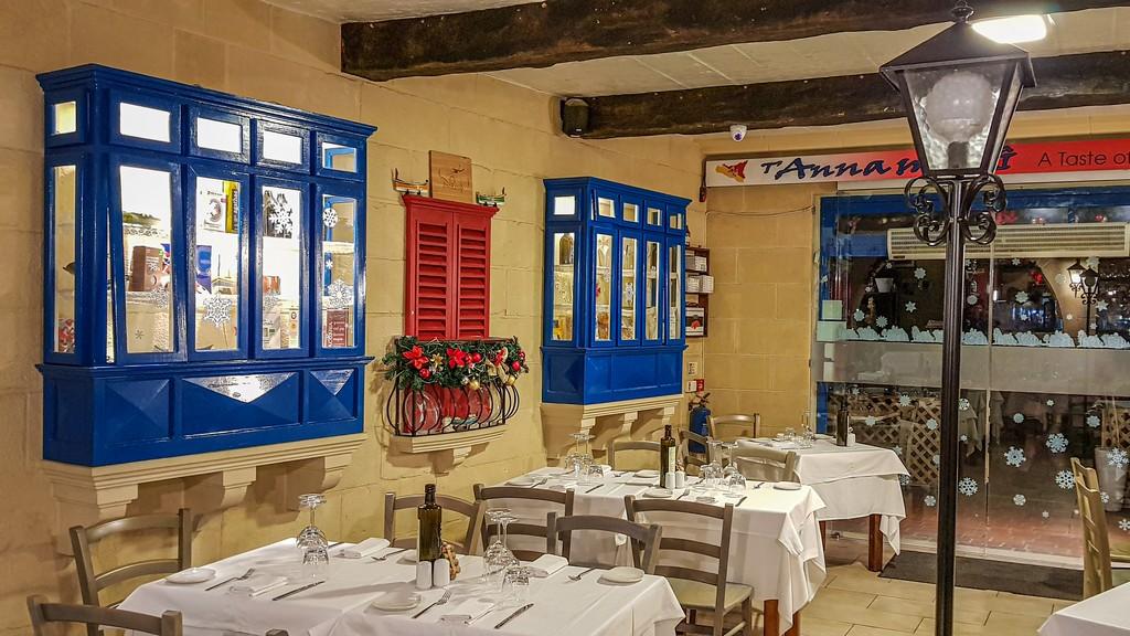 Dove mangiare pesce fresco a Marsaxlokk interno ristorante