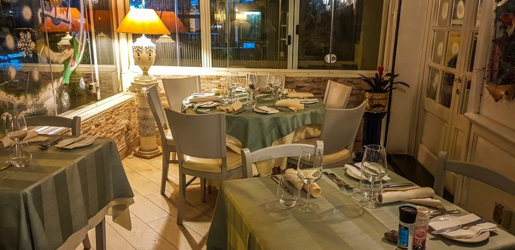 Dove mangiare pesce fresco a Marsaskala interno ristorante