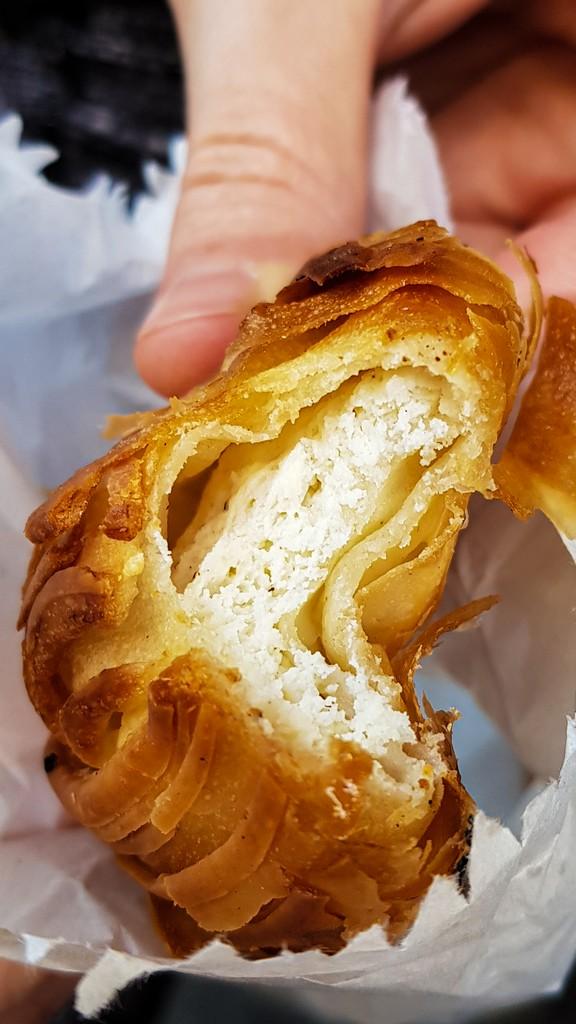 pastizzi maltese con ricotta