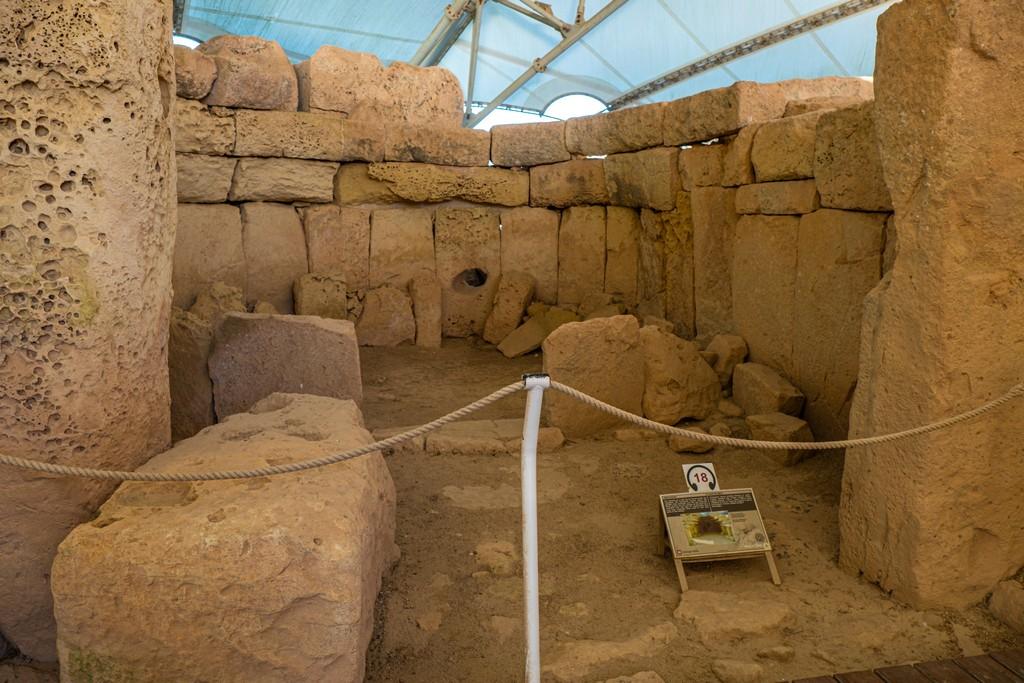 i templi megalitici di Malta interni di tempio megalitico