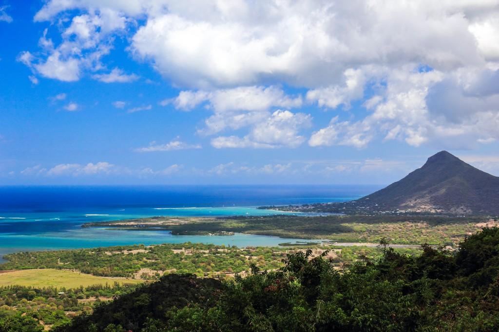 vista panoramica della costa