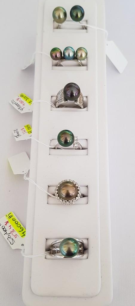 come scegliere una perla nera anelli di perle nere