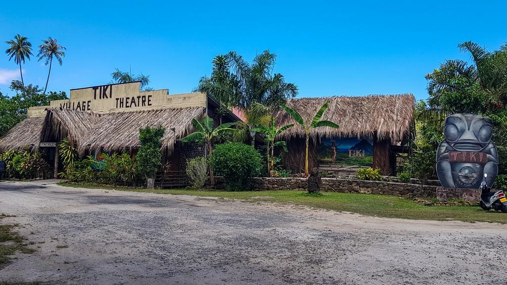 ingresso del tiki village