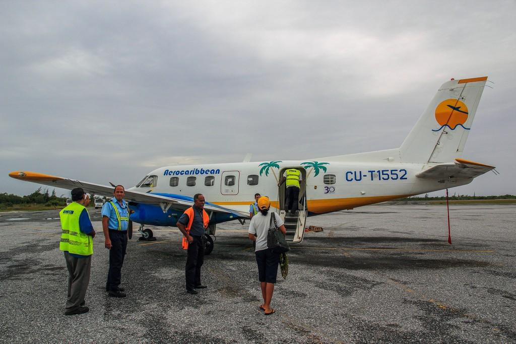 aereo da turismo con persone