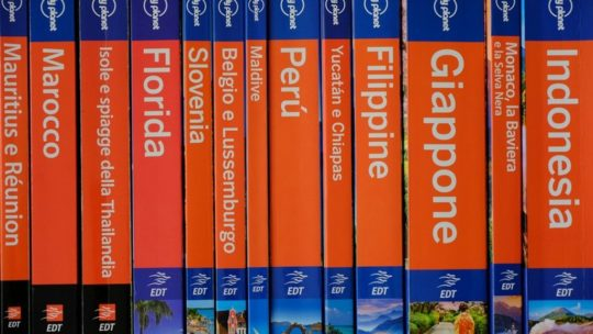 guide lonely planet viste da dorso