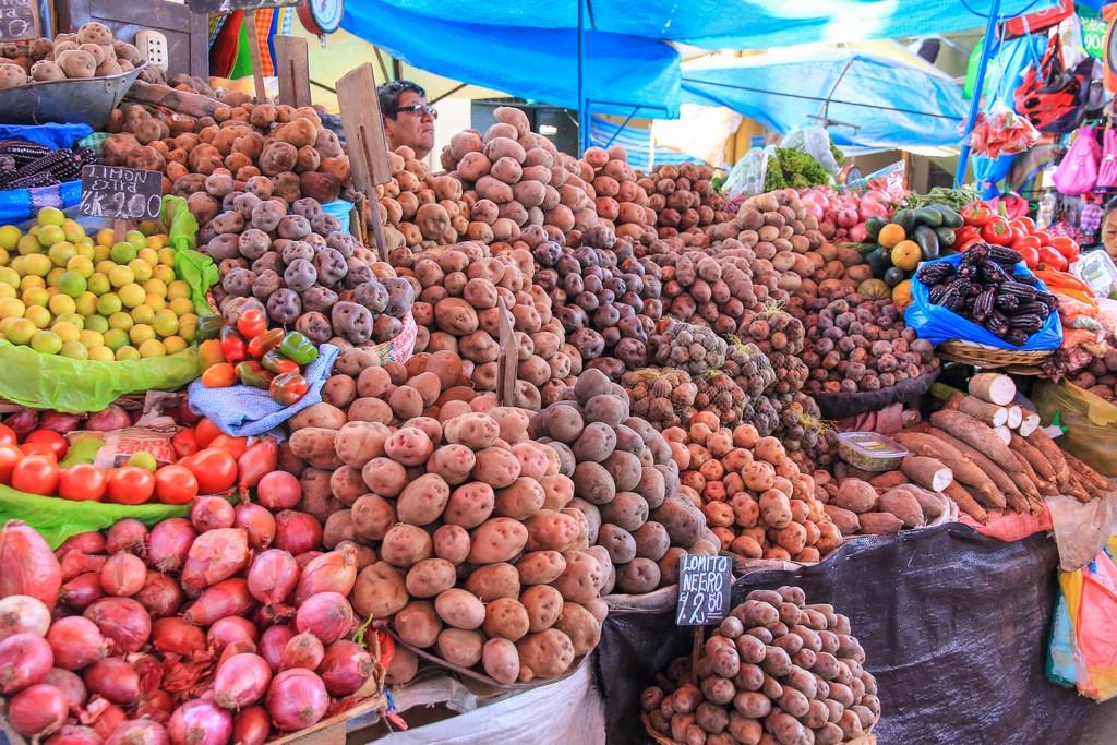 Bancarella di patate, tanti tipi diversi
