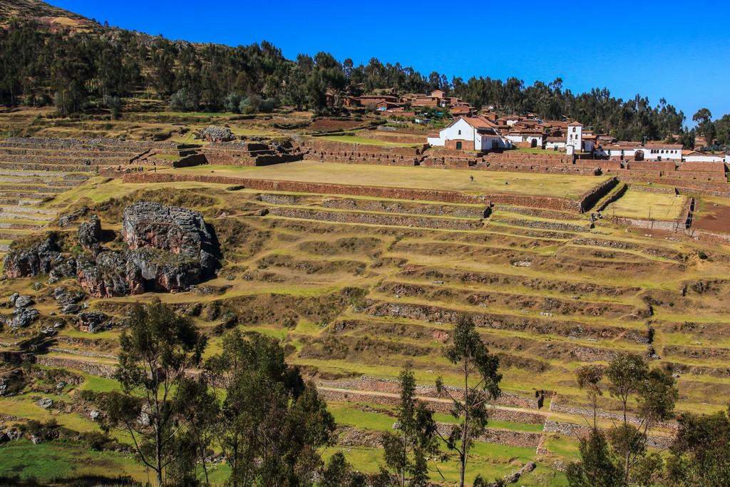 cosa vedere Valle Sacra terrazzamenti visti dall'altro lato della valle