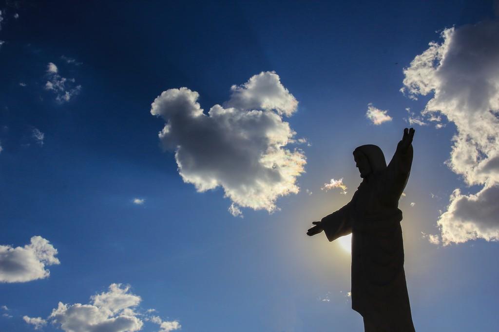 Cosa vedere nei dintorni di Cusco Il Cristo Blanco domina dall'alto la città di Cusco