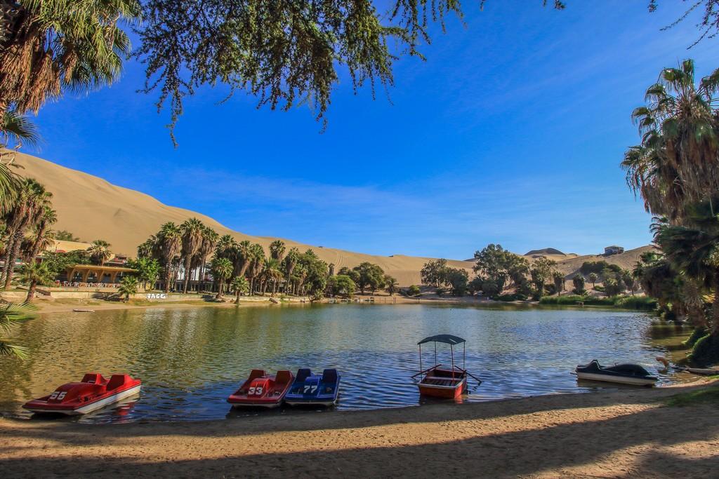 Itinerario in Perù in 2 settimane Il lago nell'oasi di Huacachina