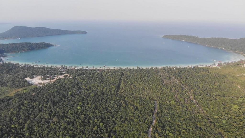 Guida a Koh Rong Samloem La grande insenatura di Saracen Bay
