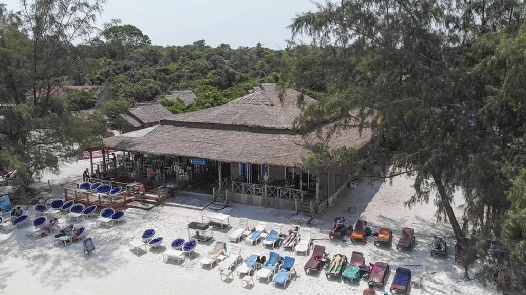 Guida a Koh Rong Samloem vista del resort dall'alto