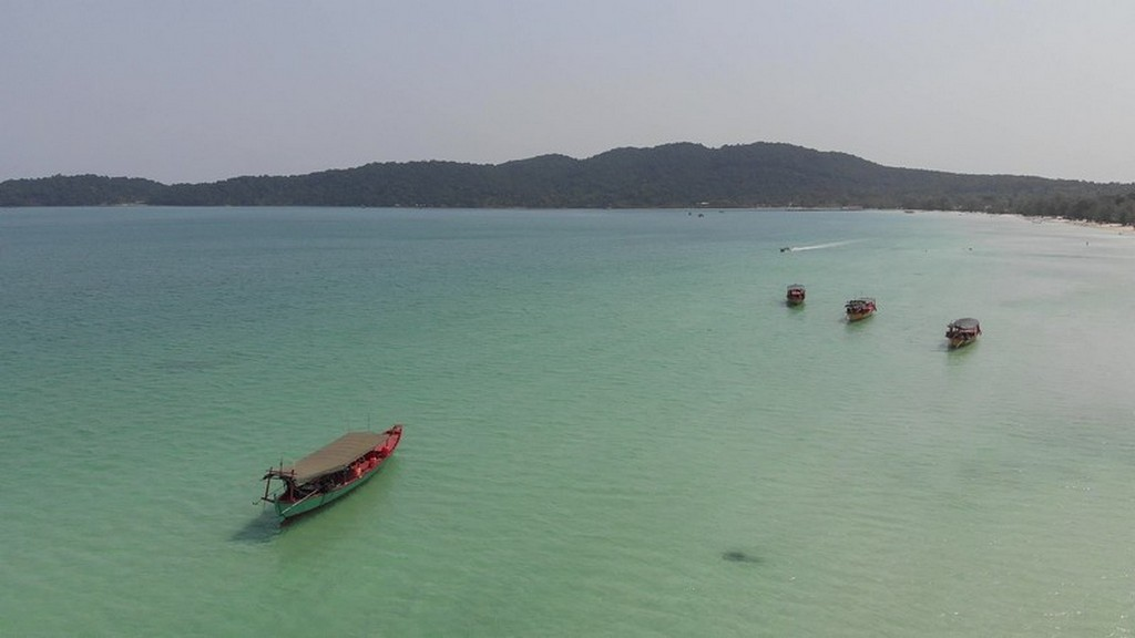 Guida a Koh Rong Samloem barche in mare
