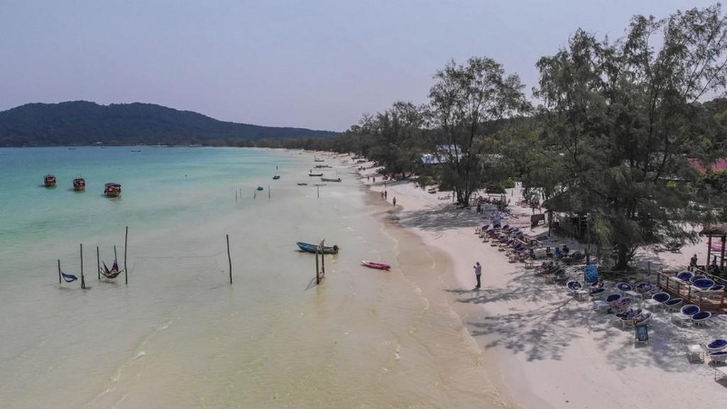 Guida a Koh Rong Samloem vista aerea della spiaggia