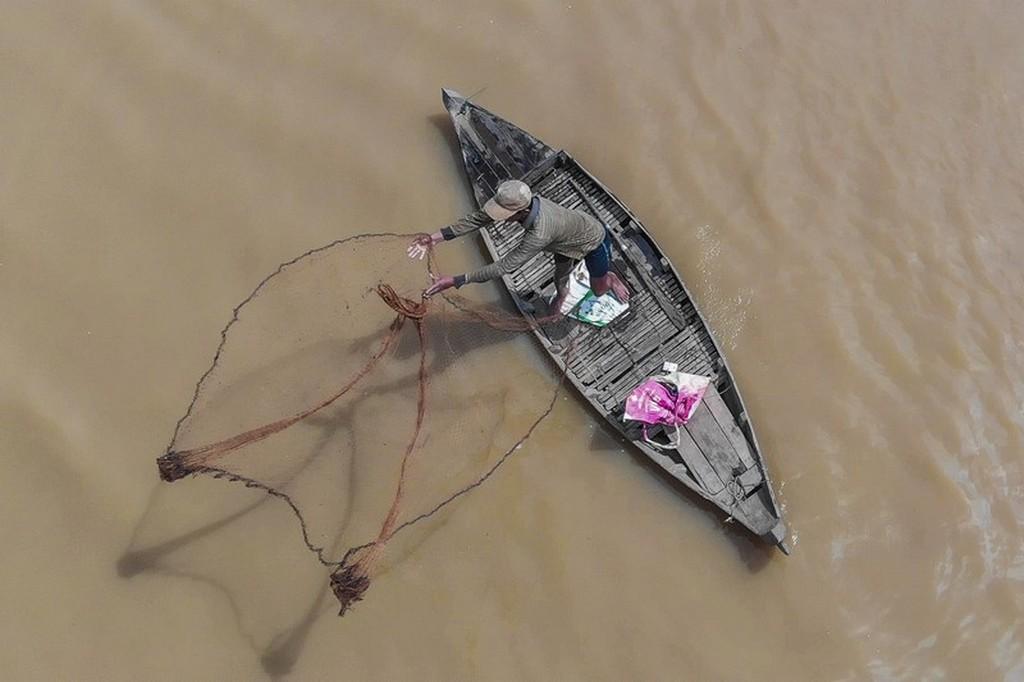 barca lancia le reti vista dall'alto