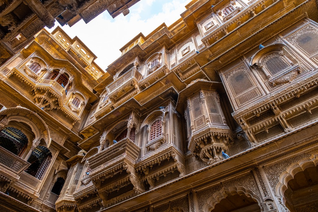 Impressioni a caldo in India haveli finemente scolpita