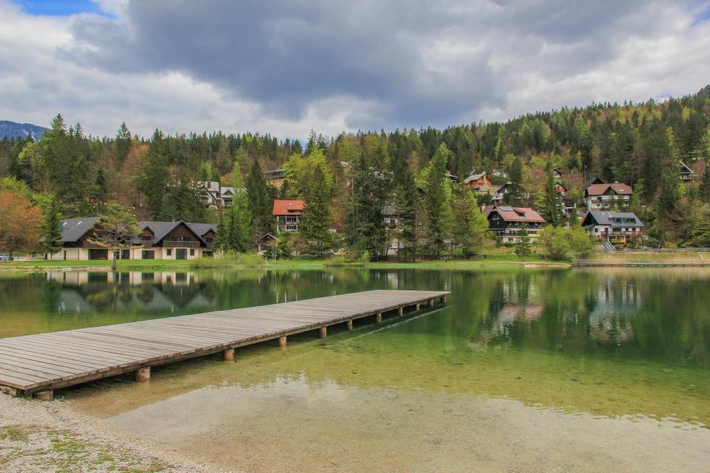 Visita al Parco Nazionale del Triglav Le placide acque del Lago di Jasna