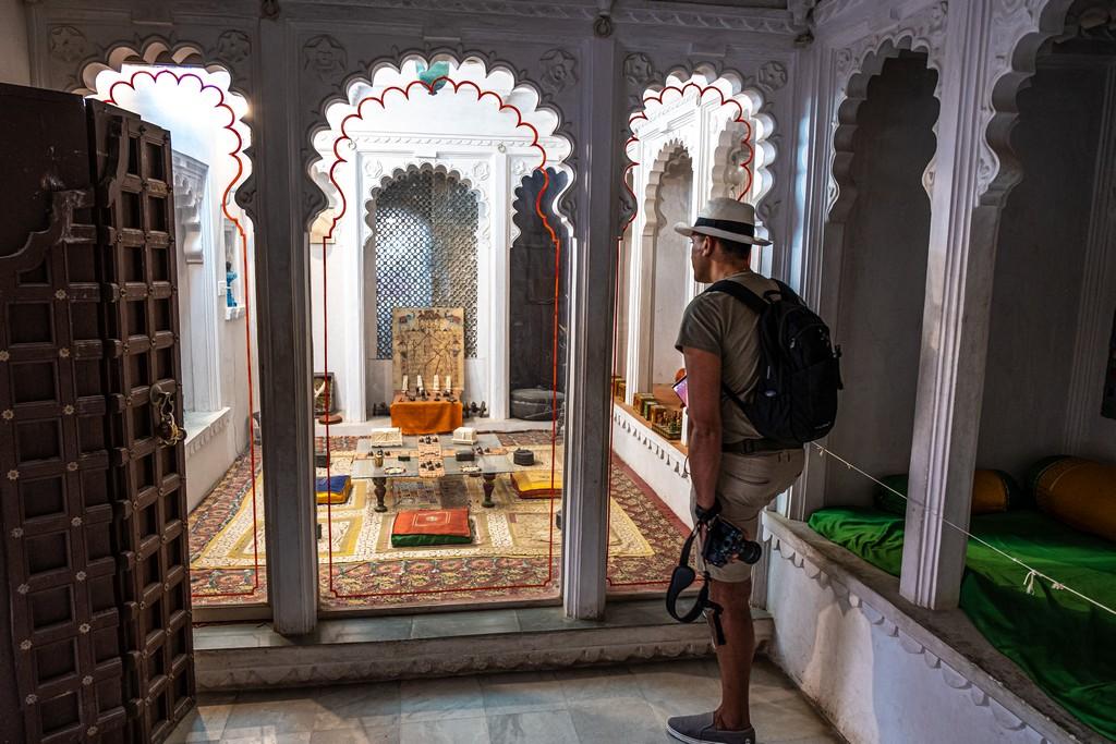 Visita alla Bagore ki Haveli stanza interna