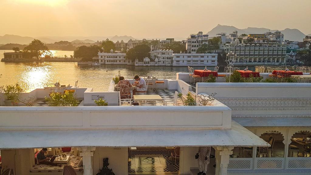 Dove dormire a Udaipur vista del ristorante