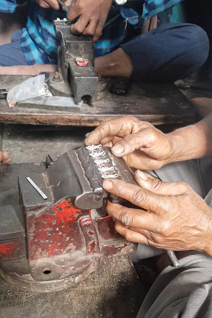 lavorazione anelli argento