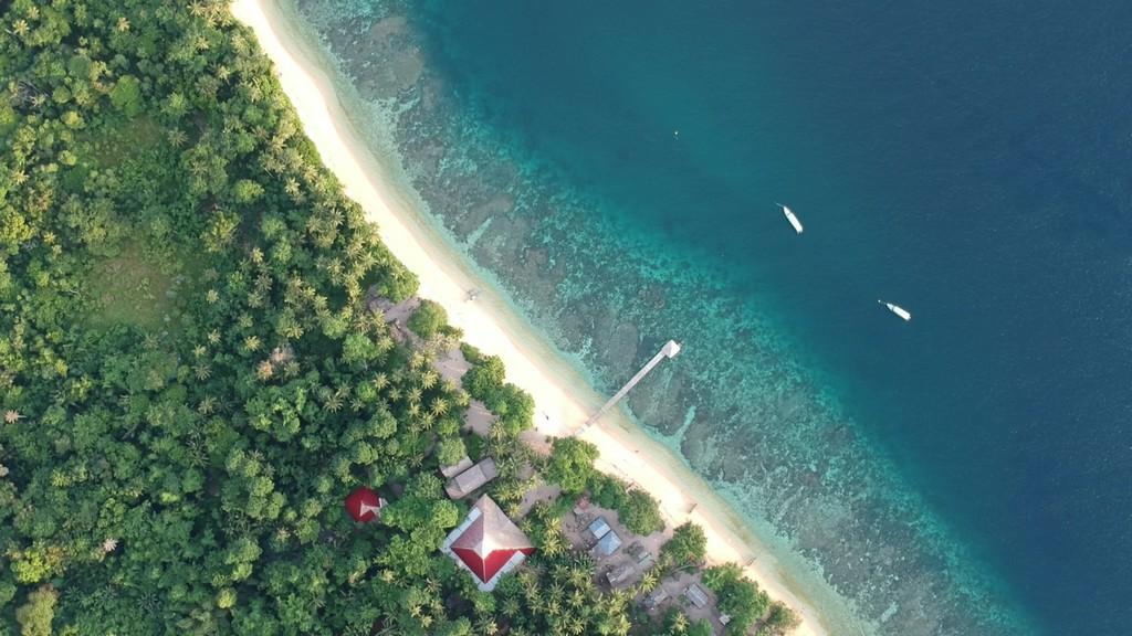 isole da sogno in Indonesia Bangka nel Nord Sulawesi vista aerea