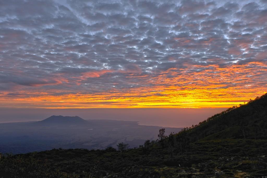come visitare Kawah Ijen fai da te Alba sulla costa est di Java e sul vulcano Baluran