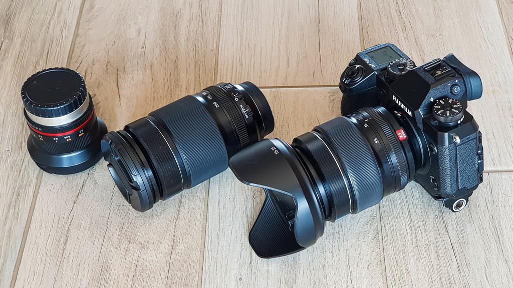 scegliere l'attrezzatura fotografica da viaggio obiettivi e corpo macchina