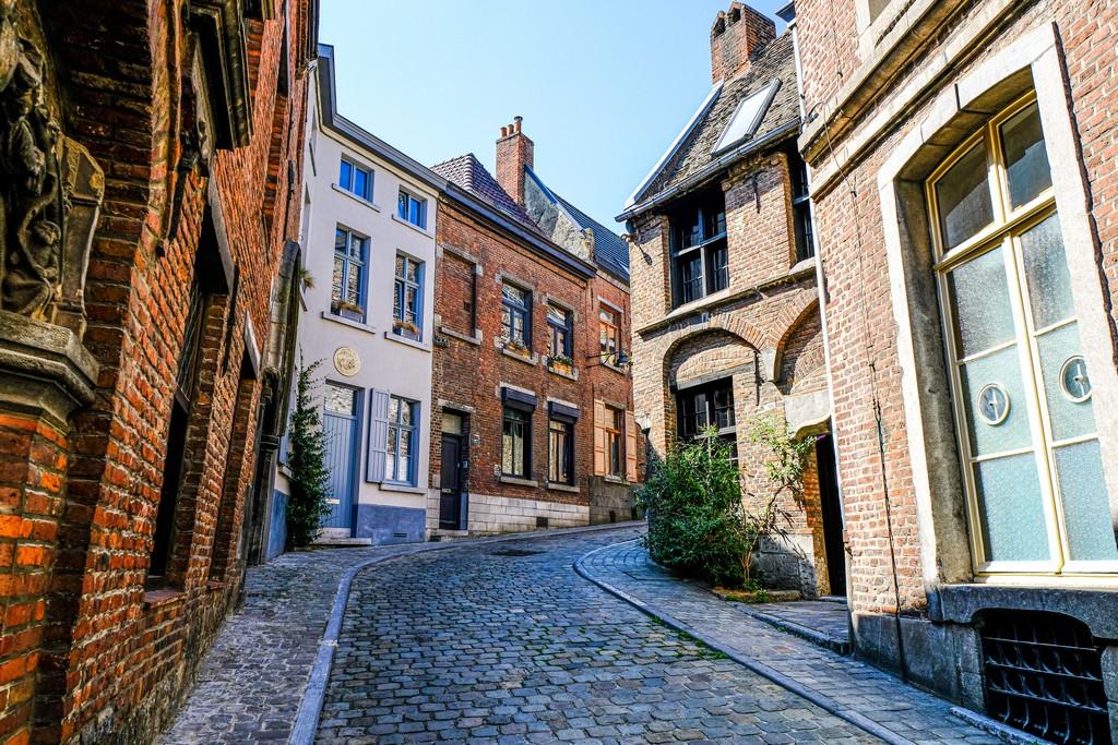 guida a Mons viette storiche