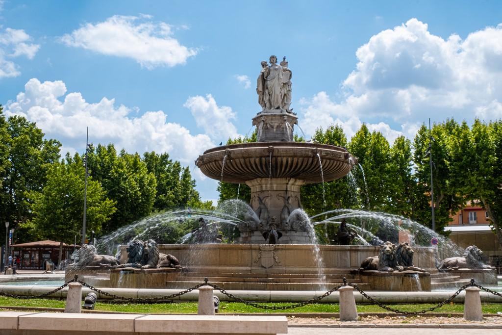 Una giornata a Aix-en-Provence fontana in piazza