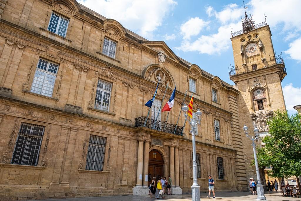Una giornata a Aix-en-Provence facciata del municipio