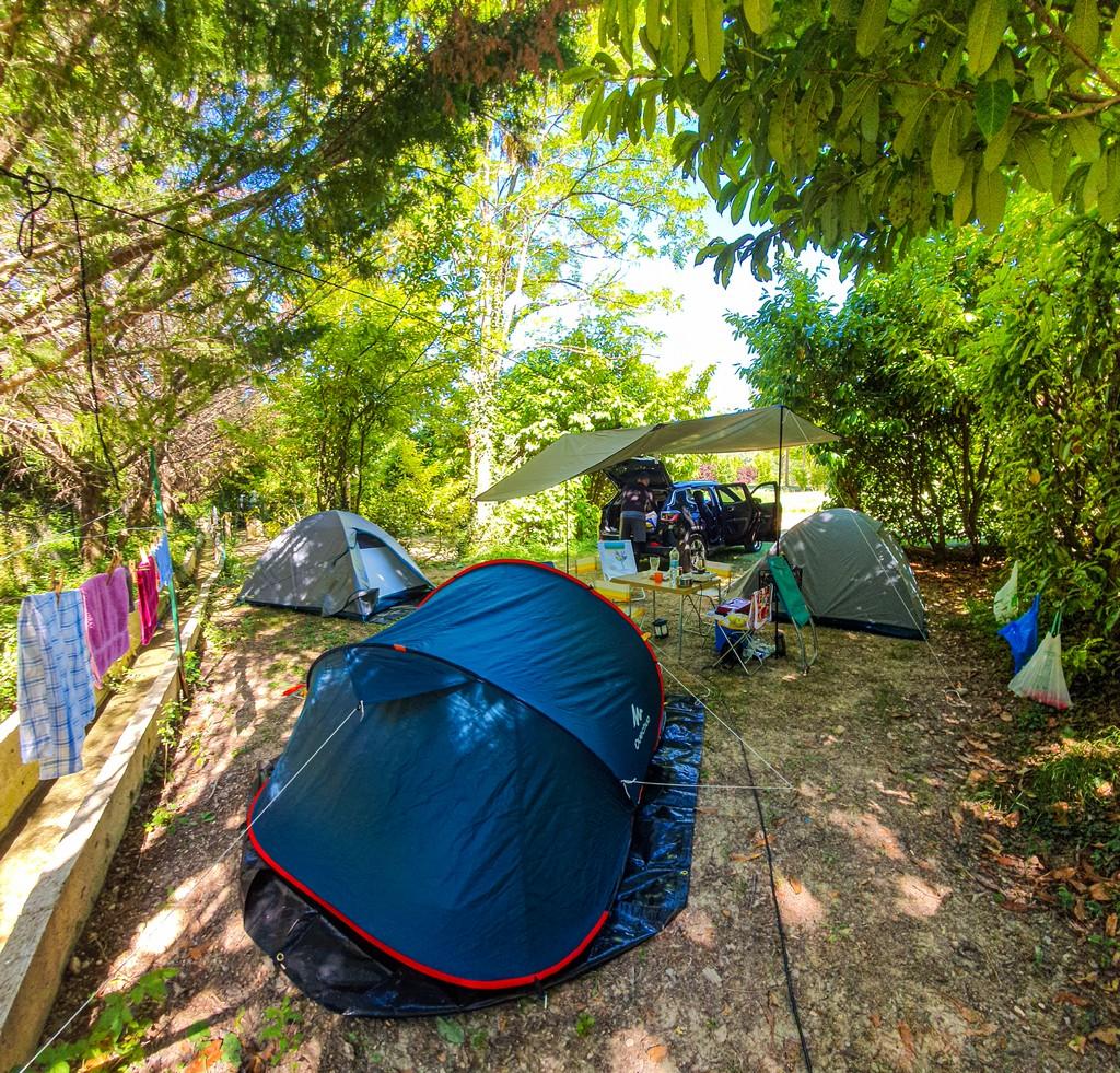guida ai campeggi in Provenza campeggio con tende