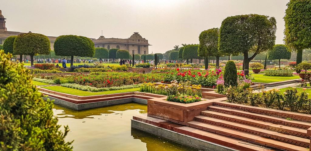 Visitare i Mughal Gardens giardino rettangolare