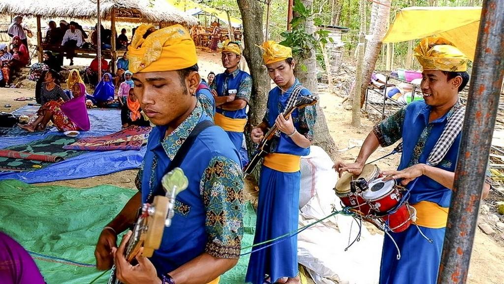 Come visitare Kuta Lombok suonatori
